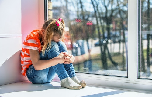young girl suffers from anxiety